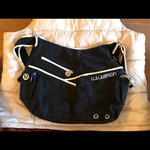 Lululemon black crossbody bag